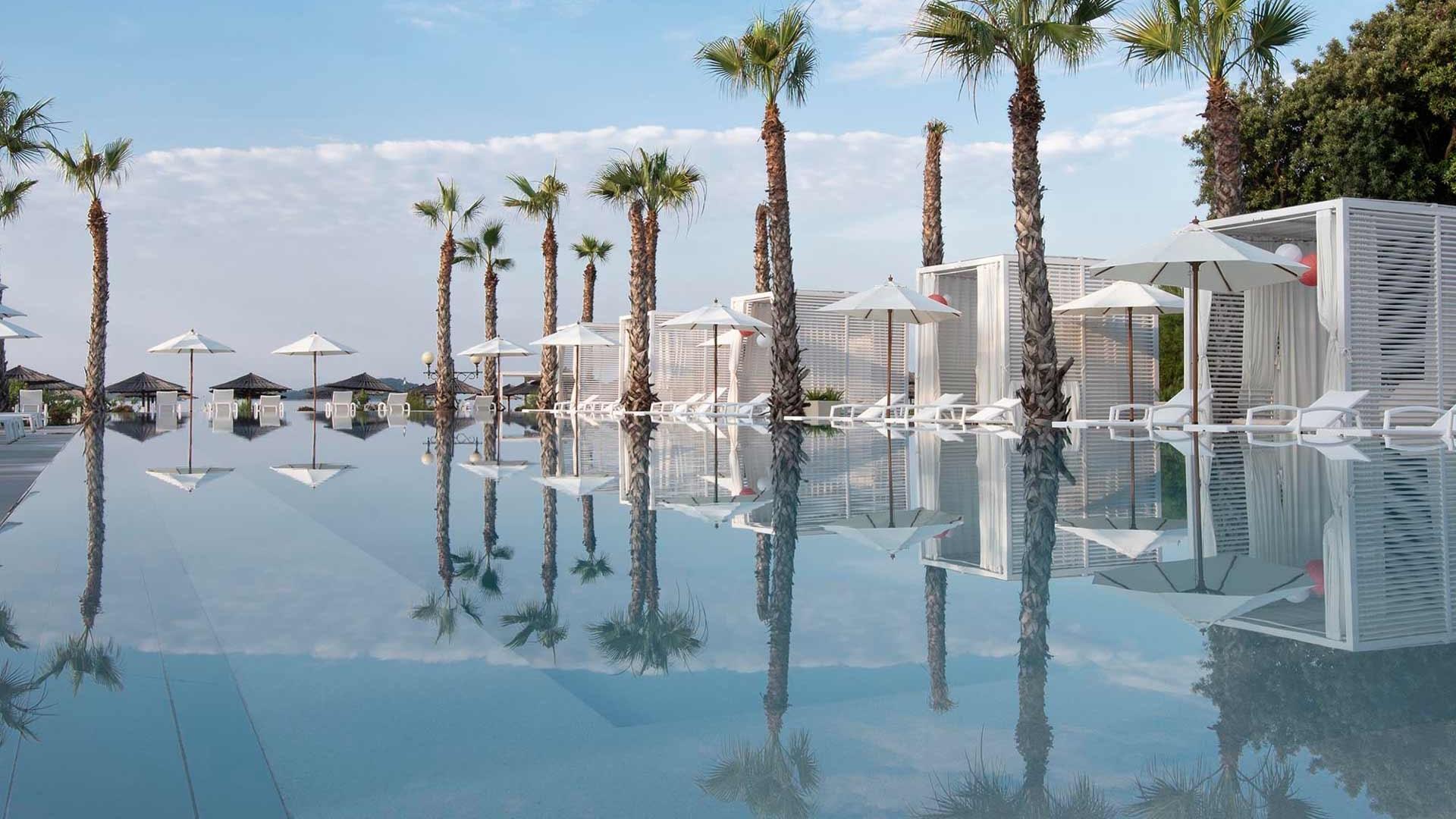 Pool im Hotel Jura in Sibenik