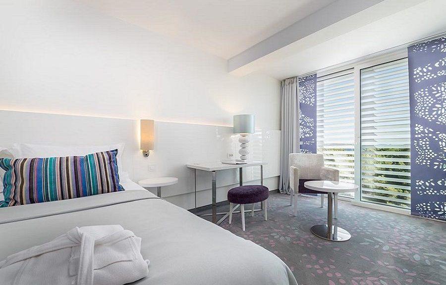Doppel- oder Zweibettzimmer, 22 m² Meerblick, mit französischem Balkon_15