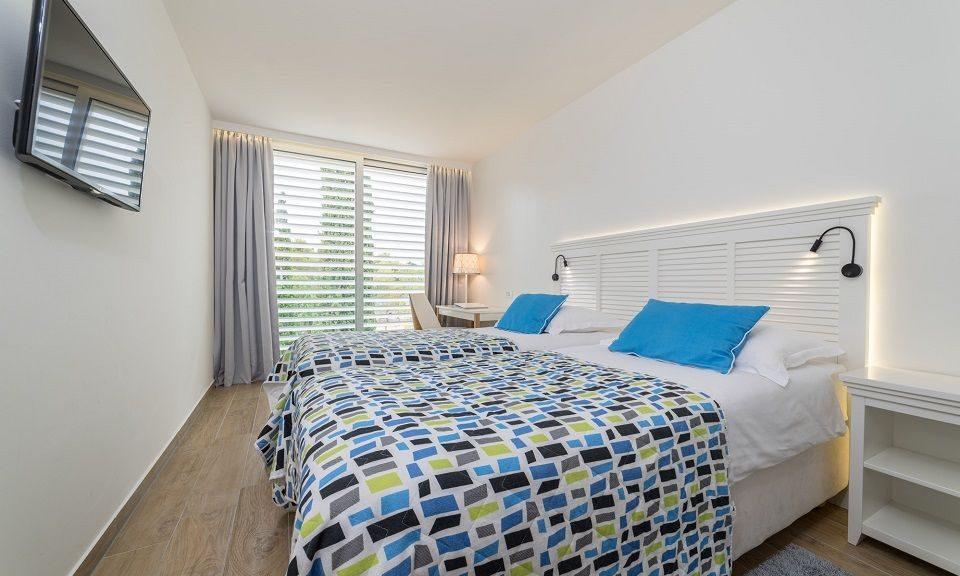 Doppel- oder Zweibettzimmer, 22 m² Parkblick, mit französischem Balkon-1