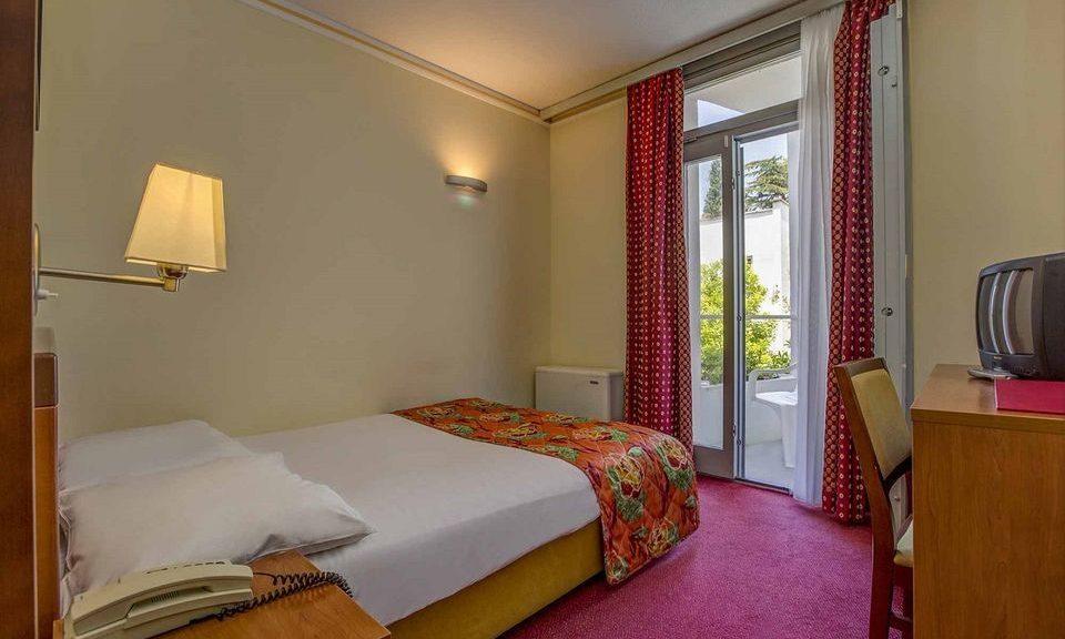 Einzelzimmer, 14 m² Atriumsblick, mit Balkon_15