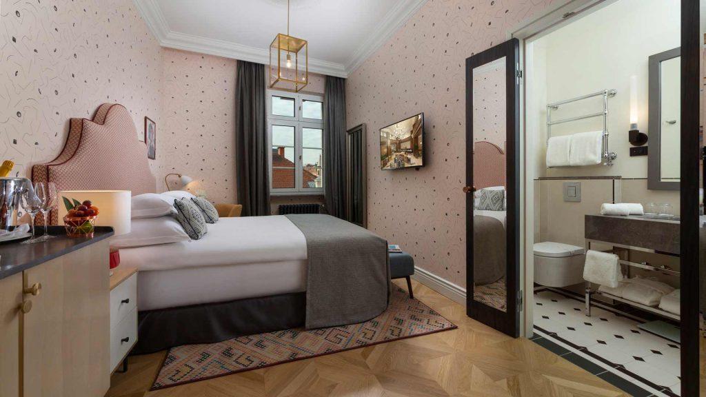 Gemütliches Zimmer 20-23 m² City-Blick_6
