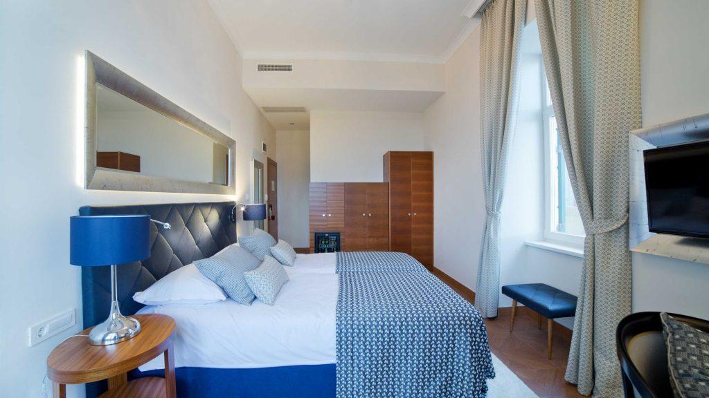 Villa Royal Deluxe Doppelzimmer 28 m² Meerblick_2