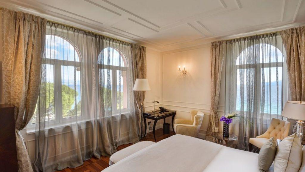 Deluxe Dvokrevetna Soba Povijesna Villa 28m² Pogled More_5