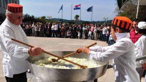 Colazione del lunedì di Pasqua: evento culinario festivo-8