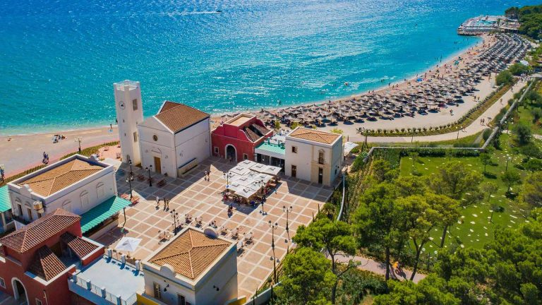 Piazza mediterranea