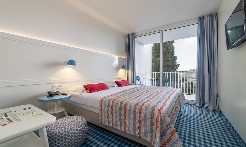 Grande camera famiglia 30.5 mq vista parco con balcone_8