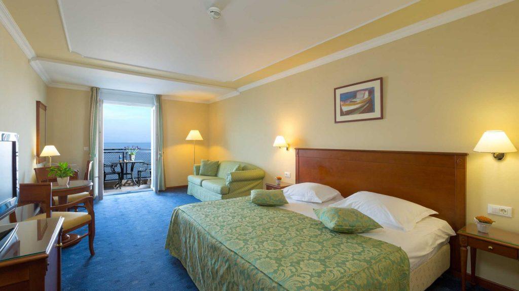 Doppia superior Villa Camellia 32 m² con vista mare e balcone_6