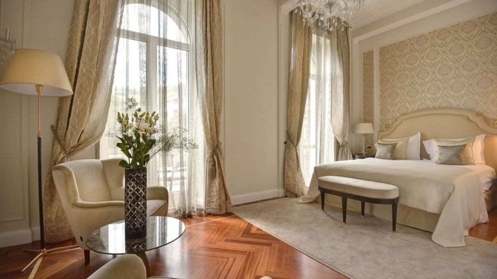 Sissi & Franz Joseph Suite 60 m² Sea View and Balcony_1