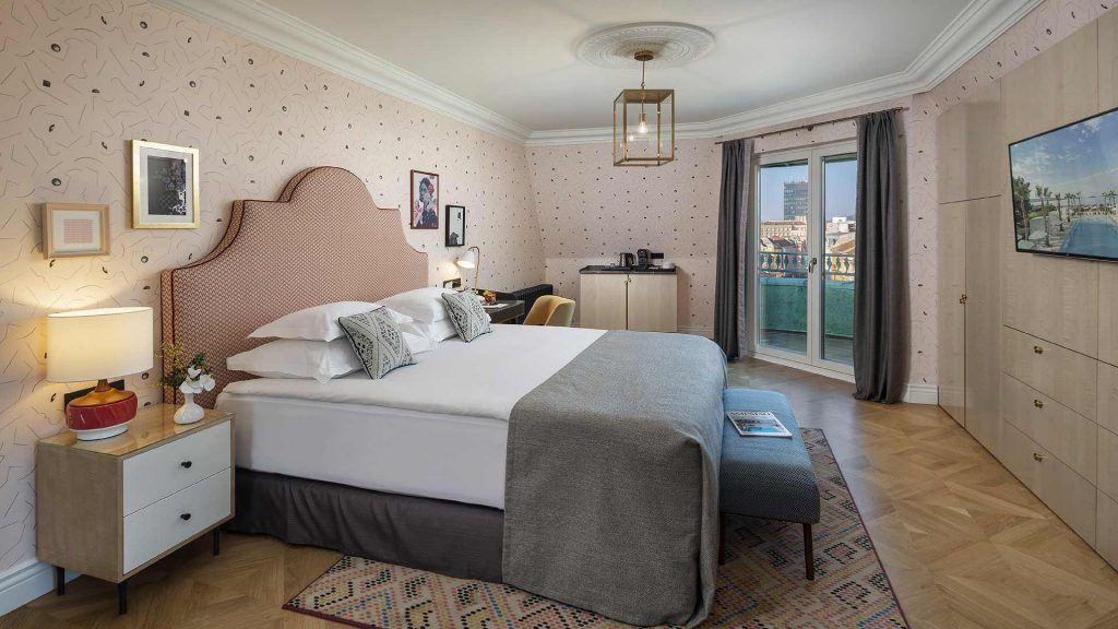 Corner Studio Suite 34 m² City View_2